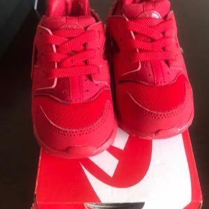 Nike Huarache Run size 4c
